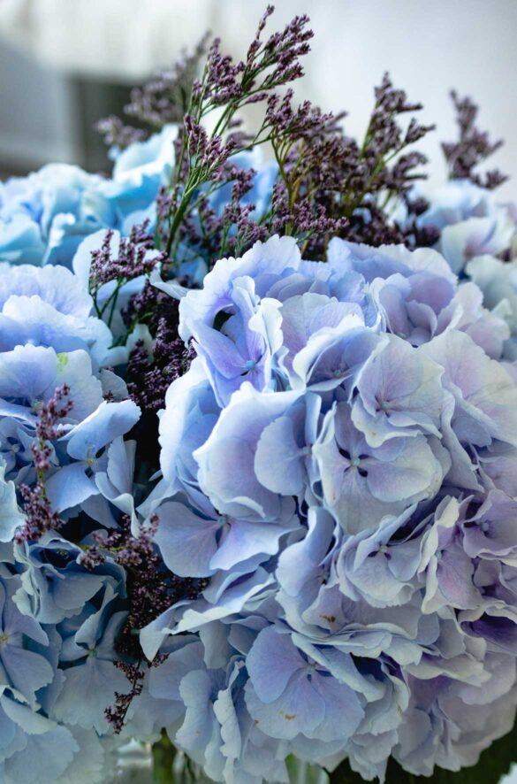 Blue hydrangea bouquet | Eat Cook Dine